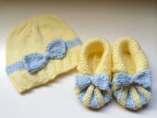 Mellow Yellow Baby Hat and Bootie Set