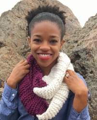 Snuggly Loops Cowl available through Knotions Magazine